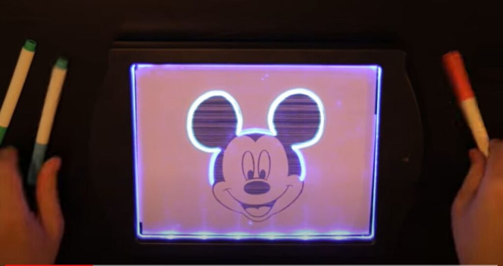 Drawing Mickey Mouse on GlowArt 2